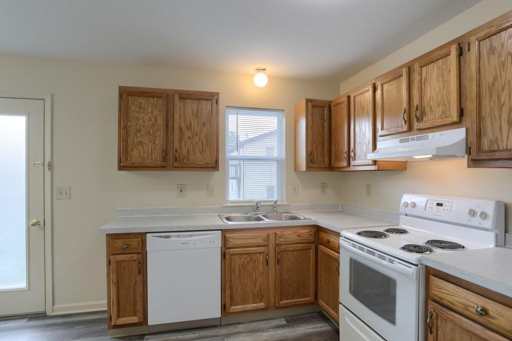 25 Tiffany Lane - kitchen with access to backyard