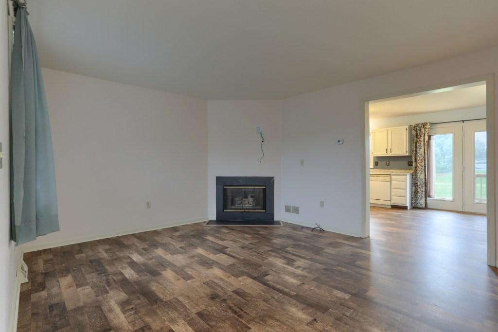 2158 Walnut Street - Living Room