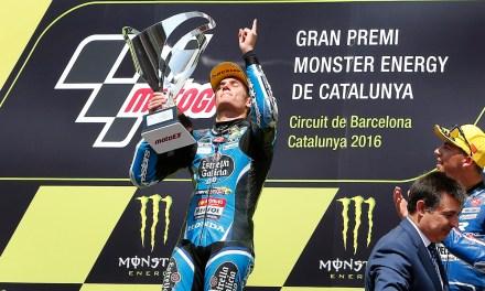 El piloto Repsol sube a lo más alto del podio y Arón Canet logra un meritorio sexto puesto, a menos de un segundo de las plazas de honor.