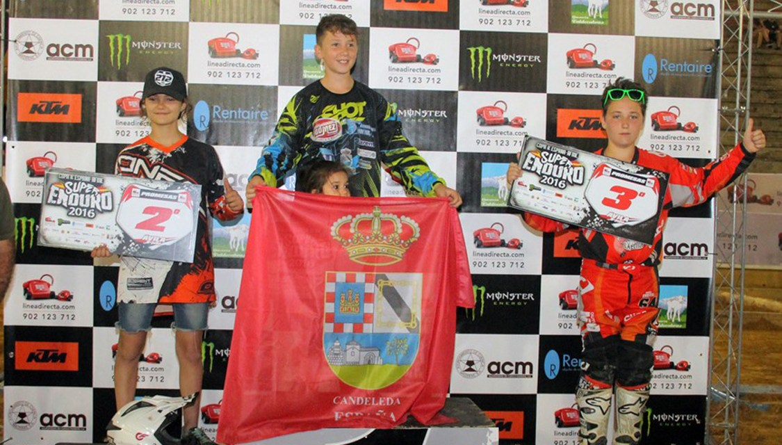 Joan Pau Segura empieza ganando en Ávila
