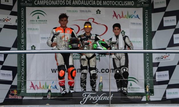 Las PreMoto4 disfrutan de un gran fin de semana en el Circuito de Jerez