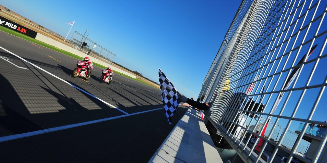 Doblete para el Astra Honda Racing Team en su debut