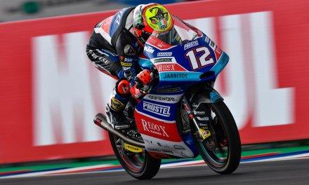 Triunfo de Bezzecchi en Moto3 en Termas de Río Hondo