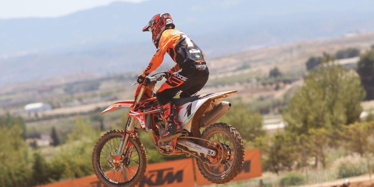 KTM:¡Íker Larrañaga Campeón de España de MX2 2019!