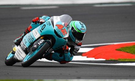 Silverstone corona a Marcos Ramírez como ganador en Moto3