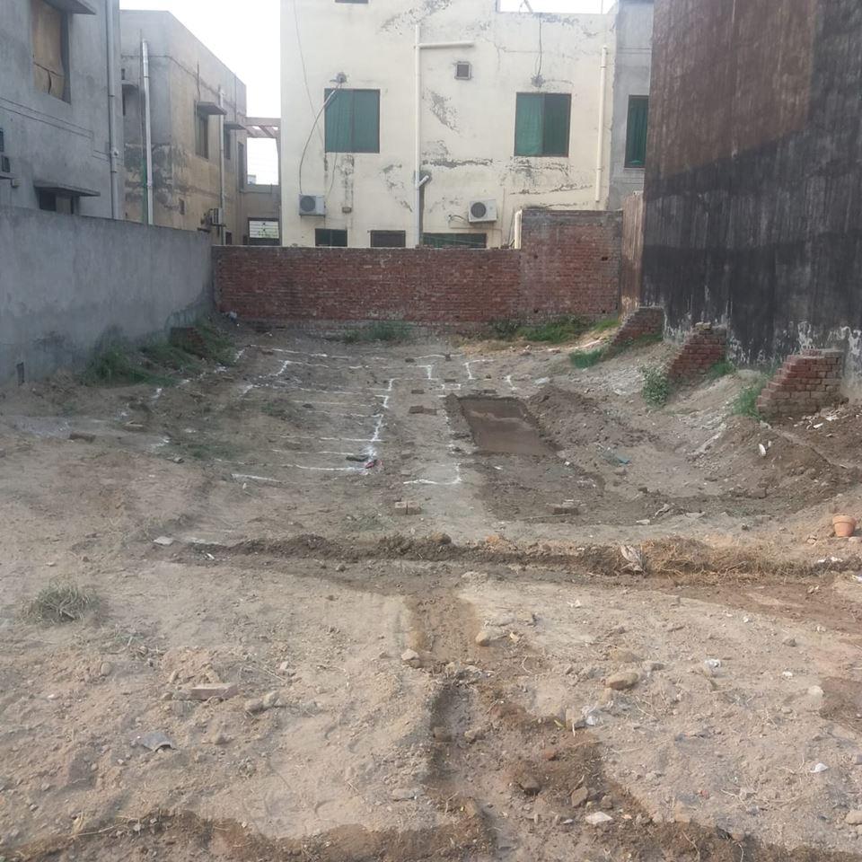 tariq garden 10 marla