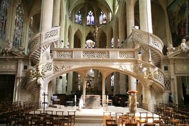 Saint Etienne du Mont. Source: aviewoncities.com
