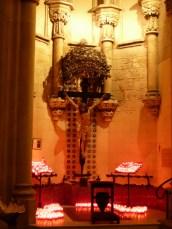 Grab von Gaudi in der Krypta