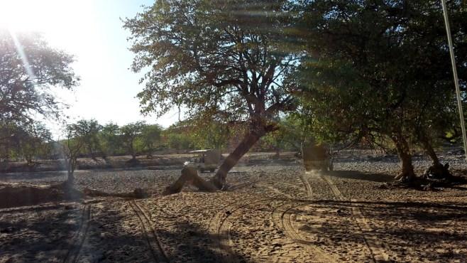 Off-Road durch den weichen Sand