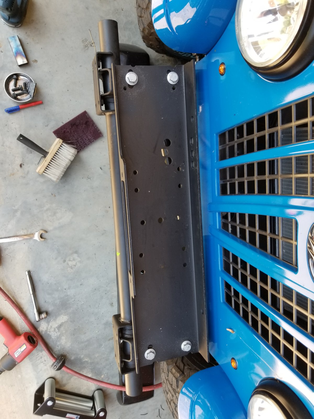 hight resolution of additionally i had to fabricate spacers using rectangle tubing to get the winch plate above the adjuster on the steering gear box and trim the bumper so it