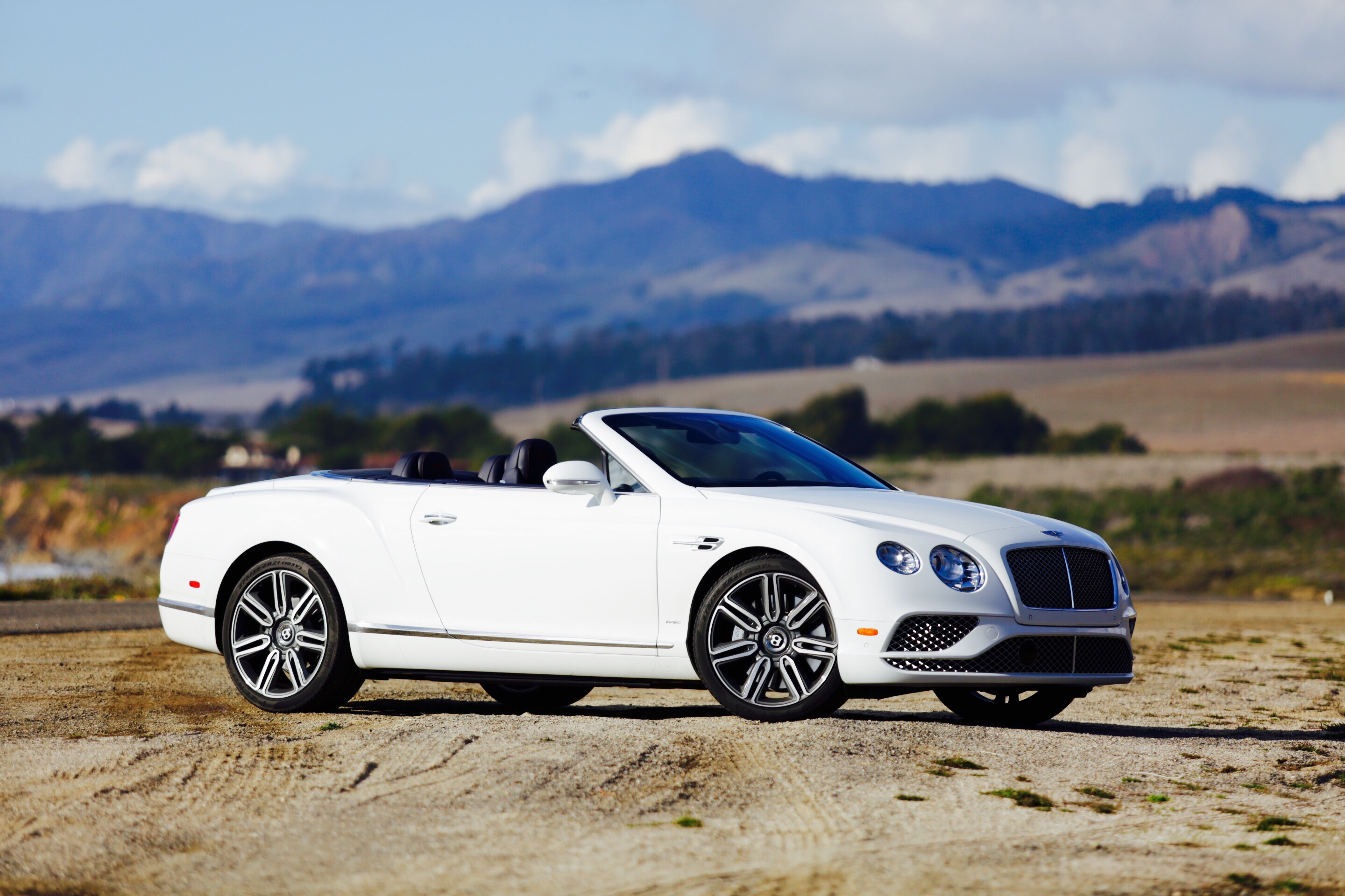 why the bentley continental gt convertible is the best new car for highway 1 6speedonline. Black Bedroom Furniture Sets. Home Design Ideas