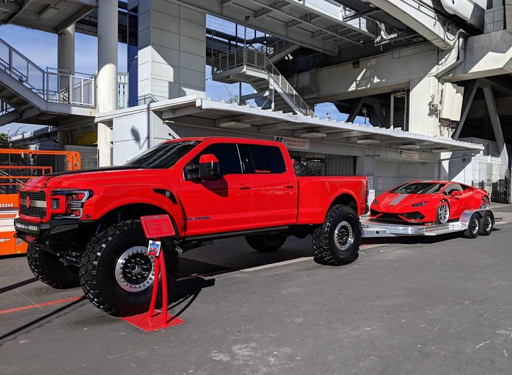 Lamborghini Huracan Rolls Into Sema With One Sweet Tow Rig