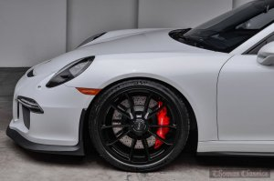 2015 Porsche 911 GT3 Carrera White Front Wheel