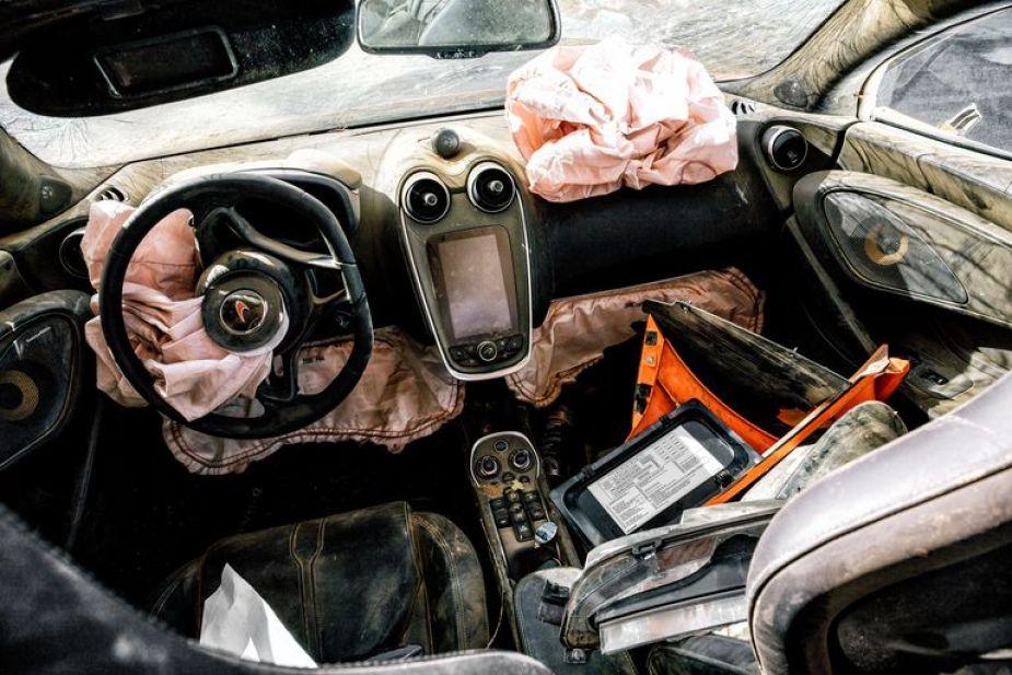 McLaren 570S Spider airbags after a crash.