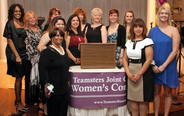 photo_teamster-women-01