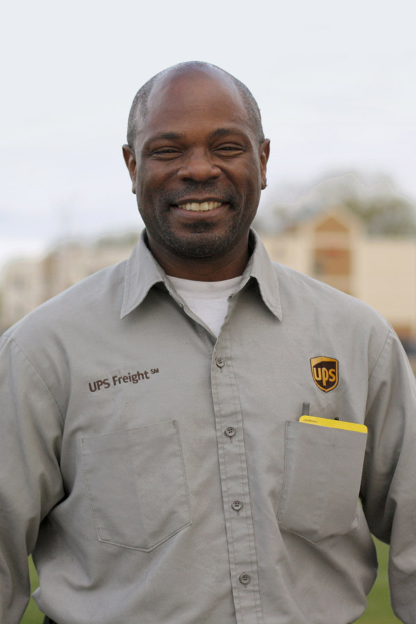 2015-04-30_ups-freight-walter-scales