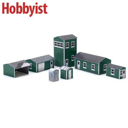 Yard buildings in green lapboard paper model kit