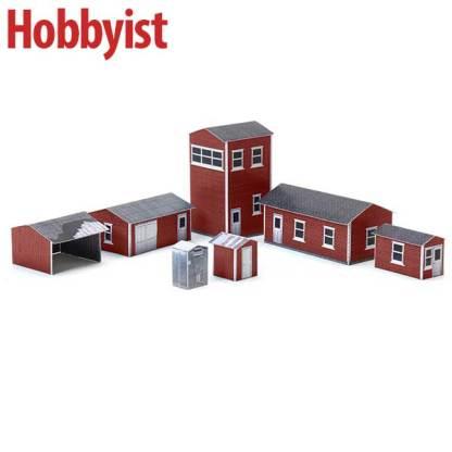 Yard buildings in red lapboard paper model kit