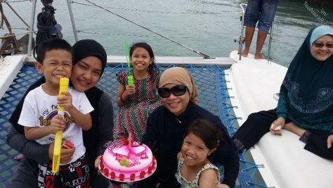 Happy Birthday Huda & Cik Kam!!!