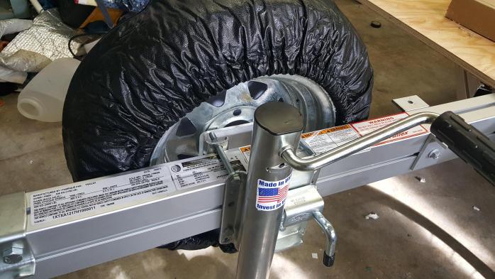 Spare tire cover, rear