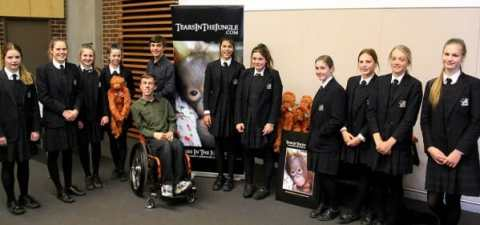 Year 8 Students from Pymble Ladies College with Daniel and William