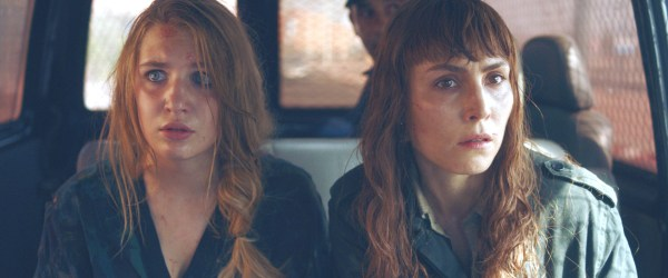 CLOSE - Sophie Nélisse as Zoe Tanner and Noomi Rapace as Sam Carlson in Close, directed by Vicky Jewson.