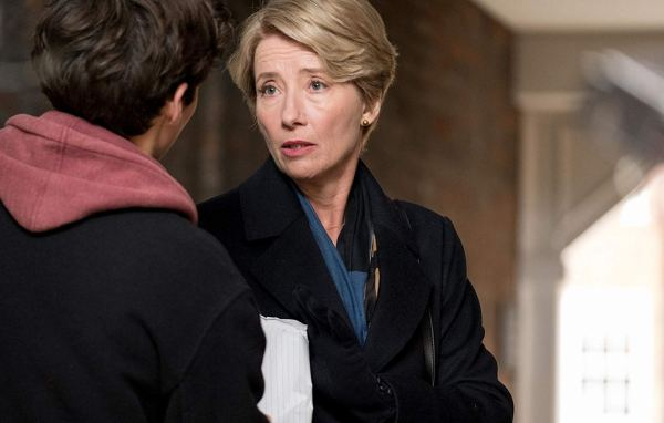 Emma Thompson And Fionn Whitehead In The Children Act