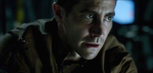 Jake Gyllenhaal in Life 2017