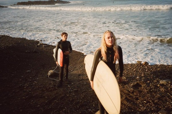 Maika Monroe and Cody Fern in The Tribes Of Palos Verdes
