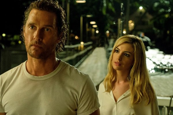 Matthew McConaughey and Anne Hathaway in the movie Serenity