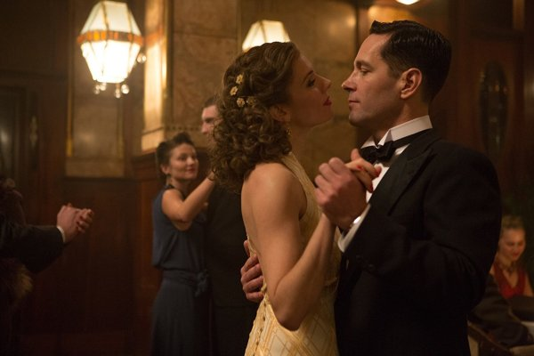 Paul Rudd and Sienna Miller in The Catcher Was A Spy