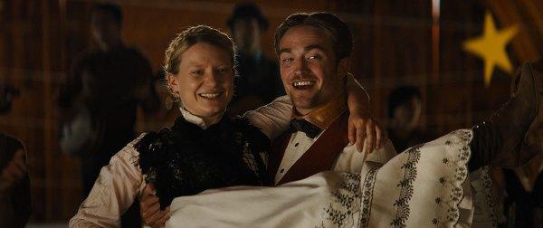 Robert Pattinson and Mia Wasikowska in the movie Damsel.