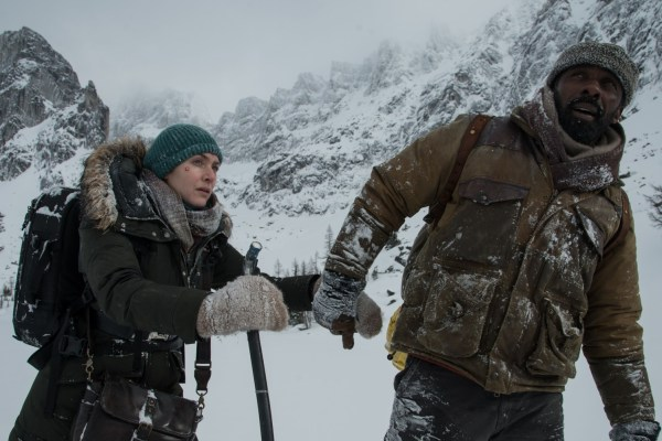 The Mountain Between Us Movie - Kate Winslet and Idris Elba