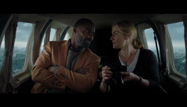 The Mountain Between Us - Idris Elba And Kate Winslet before the plane crash