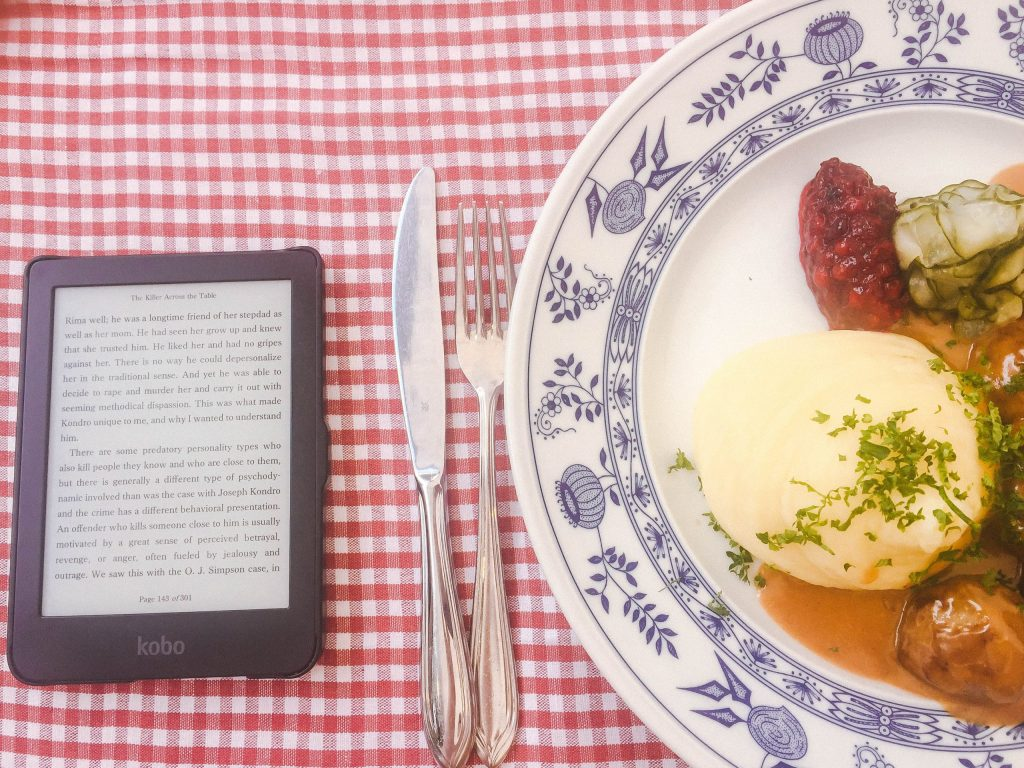 Reading with a side of Swedish meatballs!