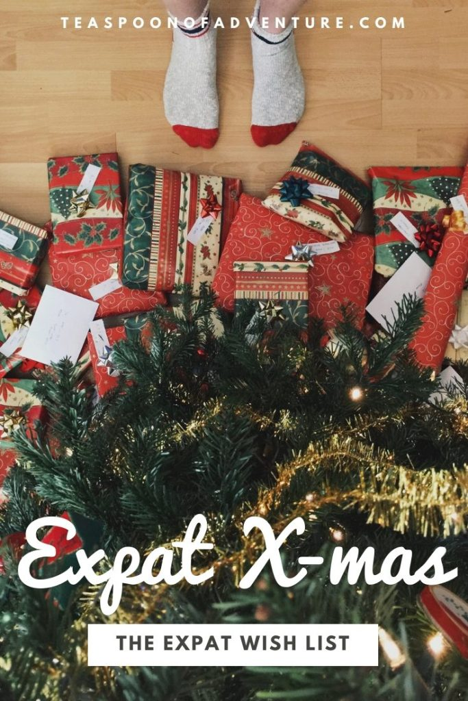 Have an expat on your shopping list this season? Find out what the perfect gift is for an expat Christmas abroad! #expat #expatlife #travel #traveltips #christmas #christmaswishlist #wishlist