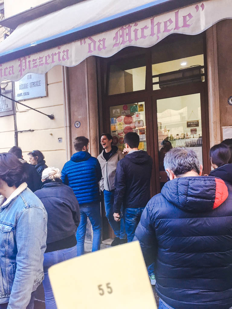 Lining up outside Pizzeria da Michele