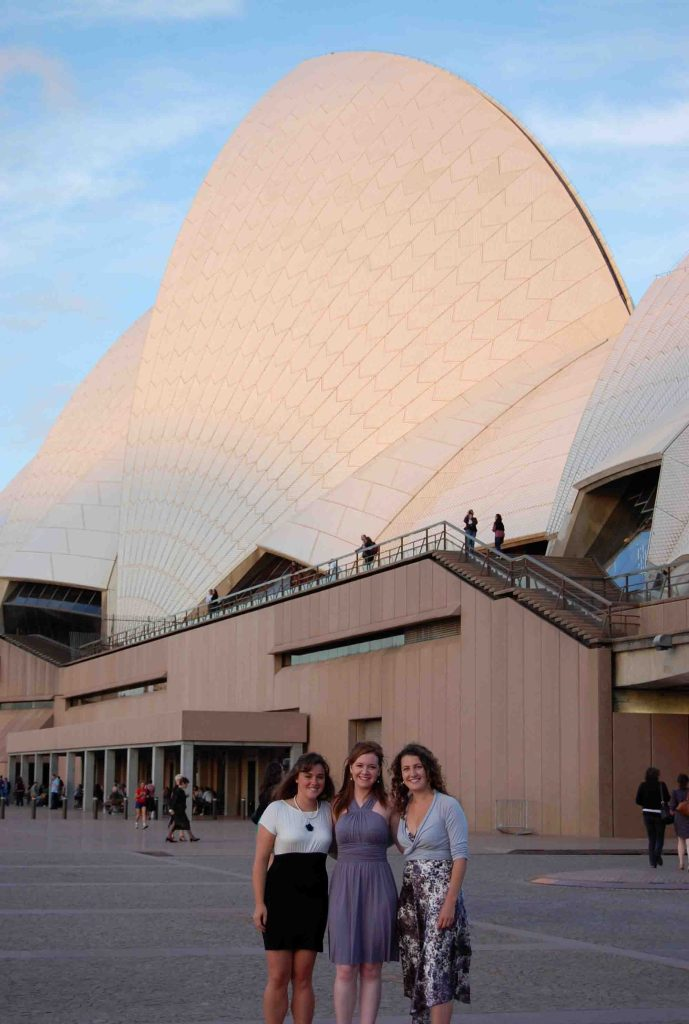Sydney is one of my favorite places in the whole world! Check out my top 10 favorite things about living in the city. | Teaspoon of Nose