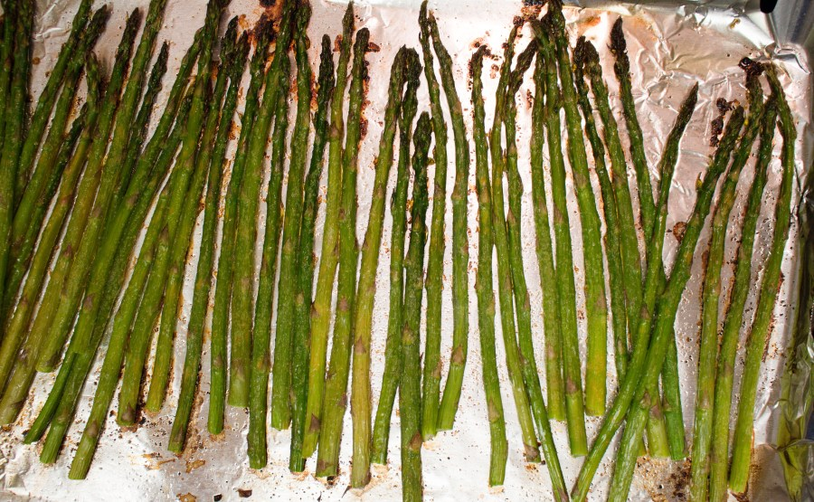 Classic roasted asparagus is the perfect side dish for any meal! | Teaspoon of Nose