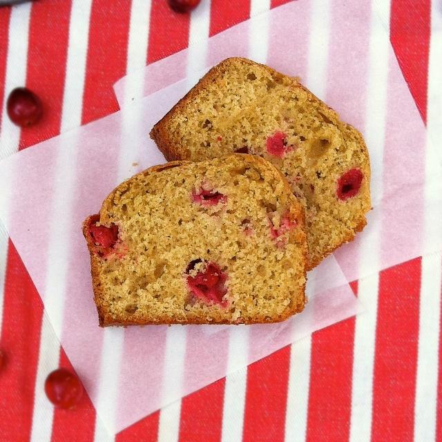 Holiday Cranberry Cake | TeaspoonofSpice.com