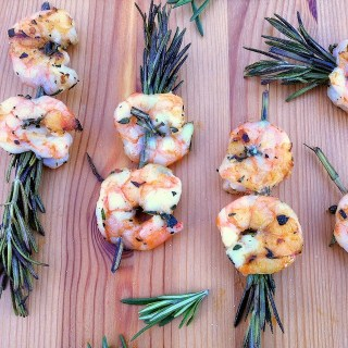 Rosemary Shrimp Skewers | Teaspoonofspice.com