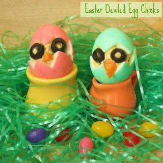 Easter Deviled Egg Chicks | Teaspoonofspice.com