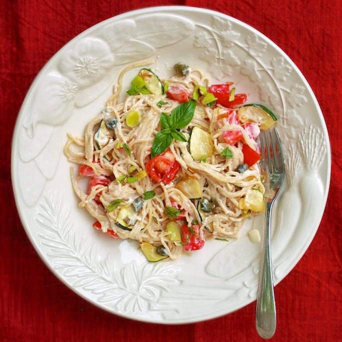 Pasta with Tomato Alfredo Sauce | Teasponofspice.com