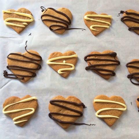 Chocolate Peanut Butter Heart Cookies | Teaspoonofspice.com