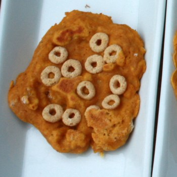 Kids friendly pumpkin pancakes fail via @tspcurry
