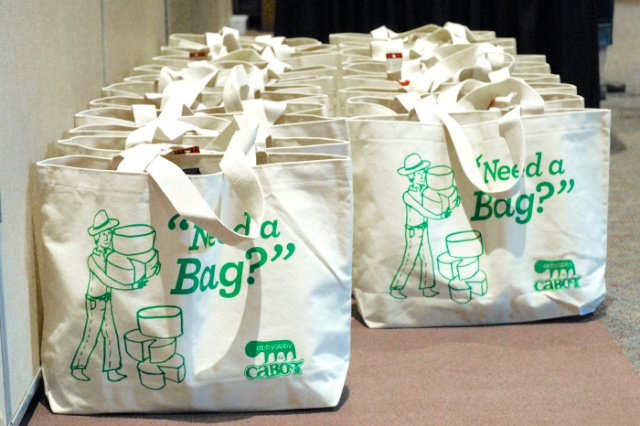 #HealthyKitchenHacks: How To Clean Reusable Bags