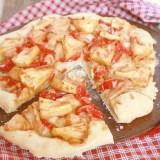 Sriracha Pineapple Chicken pizza