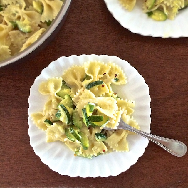 Zucchini Pasta Dinner | Teaspoonofspice.com