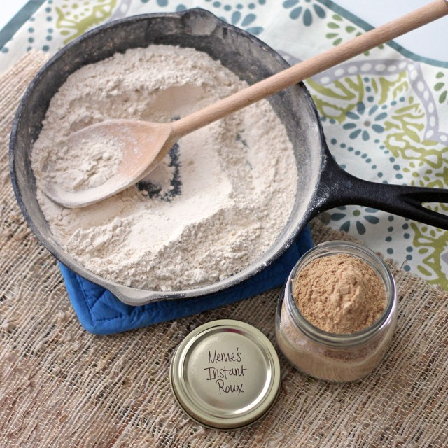 #HealthyKitchenHacks - If you love Southern food, this healthier version of instant roux is a pantry must. @memeinge @tspbasil