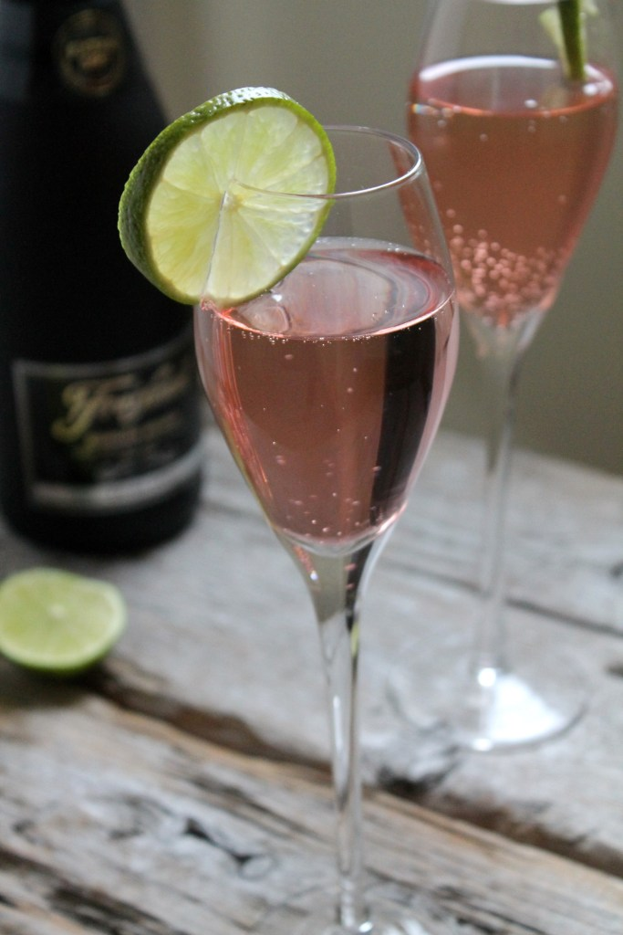 9 Prosecco and Champagne drinks for new year's even including this Sparkling Cape Codder